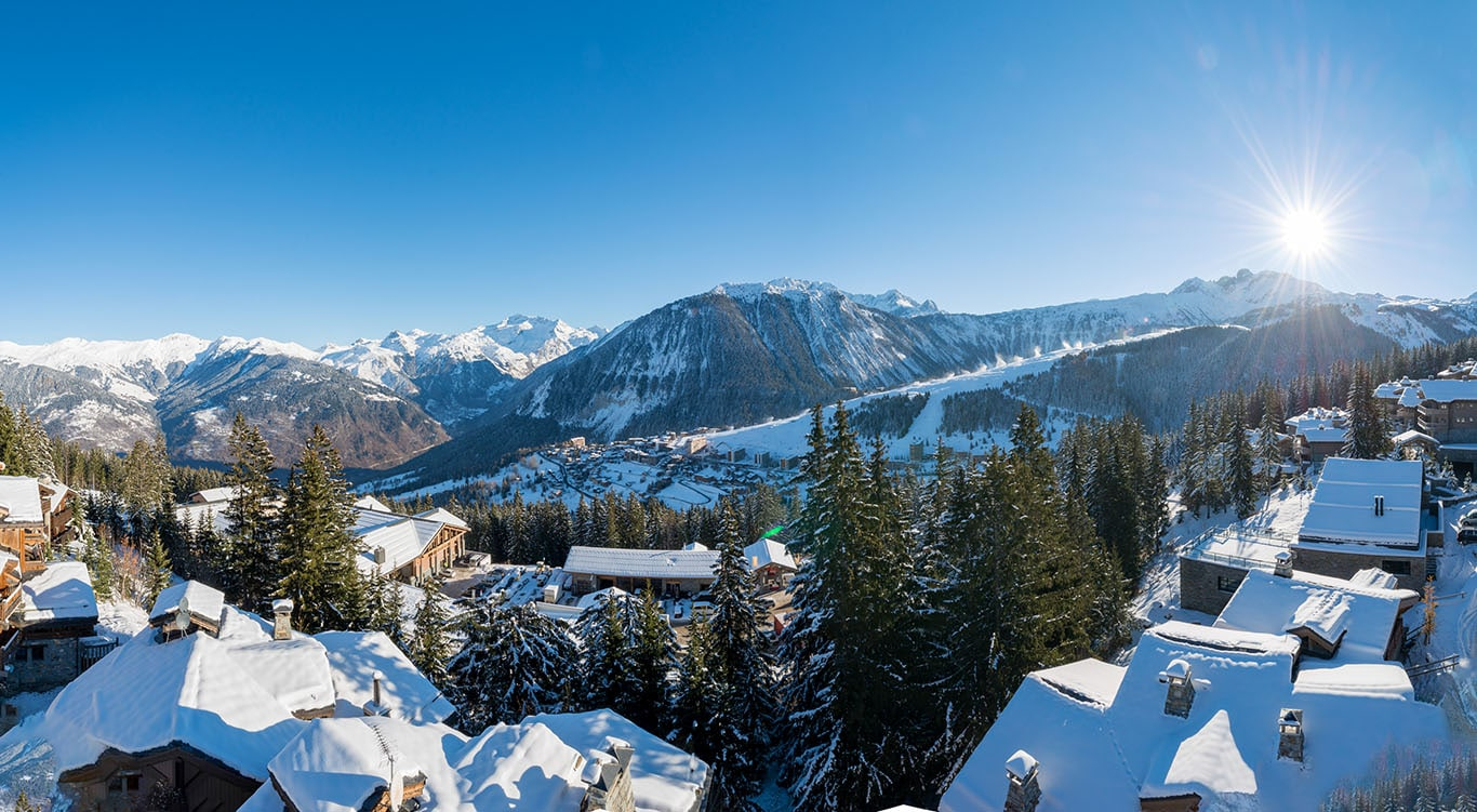 Courchevel 1850 chalets overlooking 1650