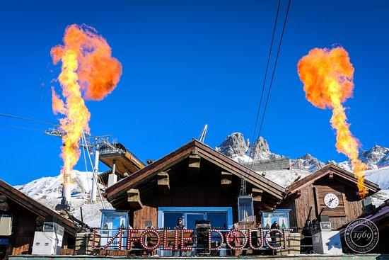 La Folie Douce on fire Courchevel