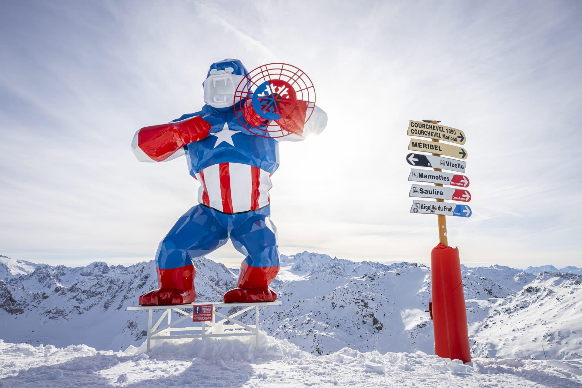 Capitan America Orlinksi sculpture in Courchevel