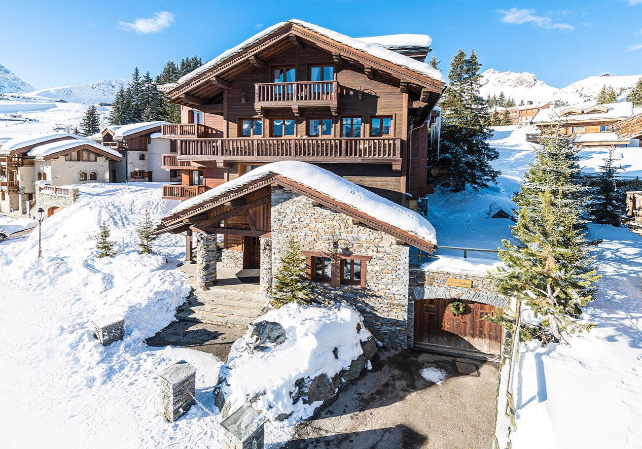 St Christophe luxury ski chalet